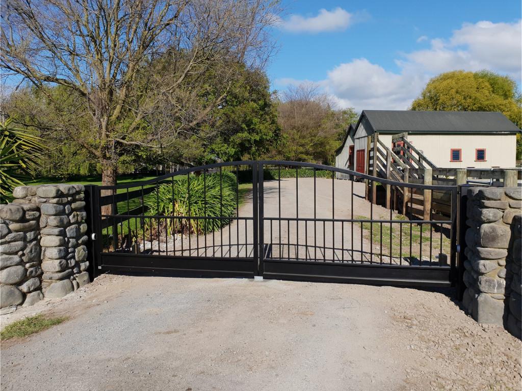 driveway-gate.jpg