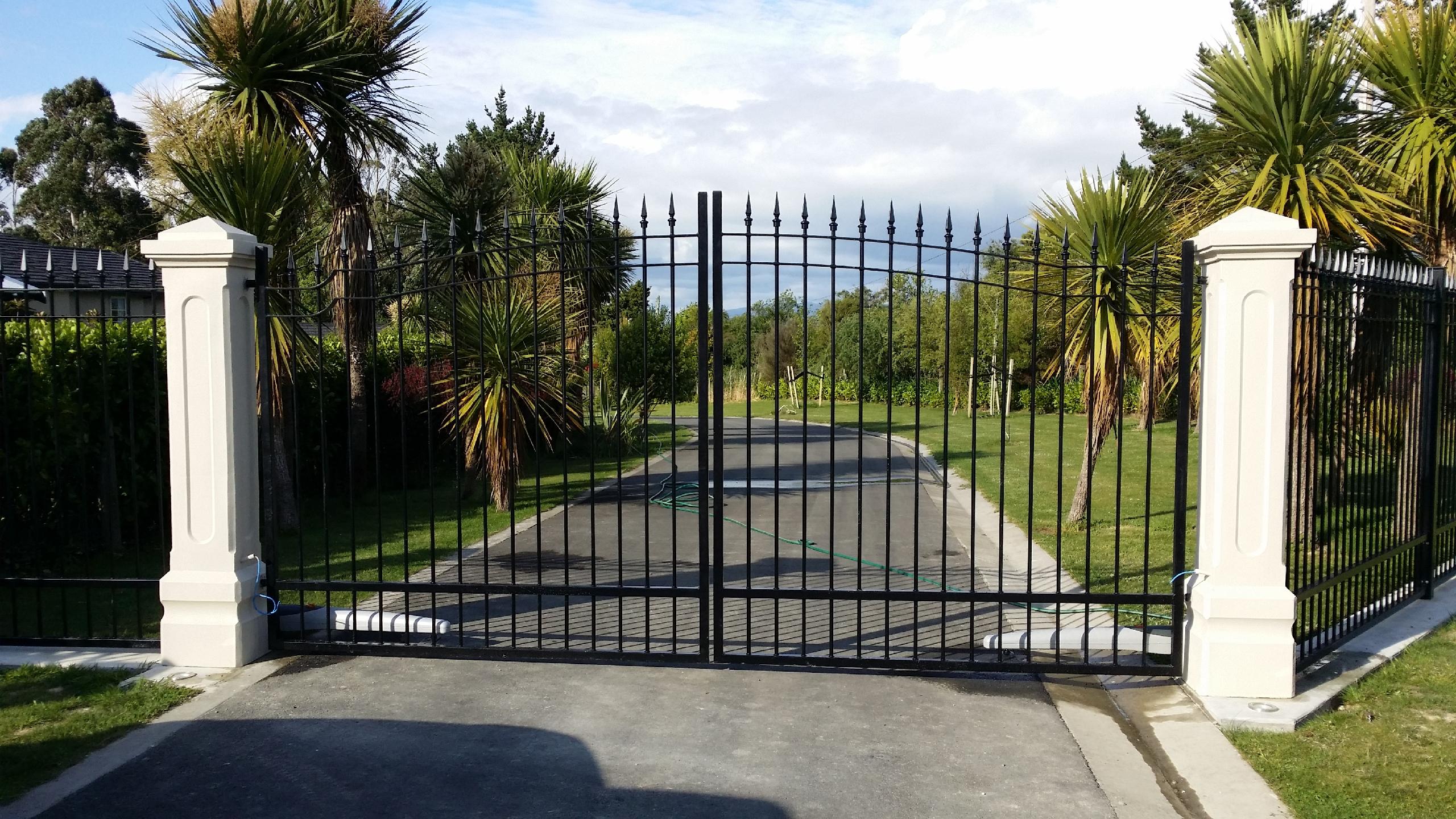 custom_gates.jpg